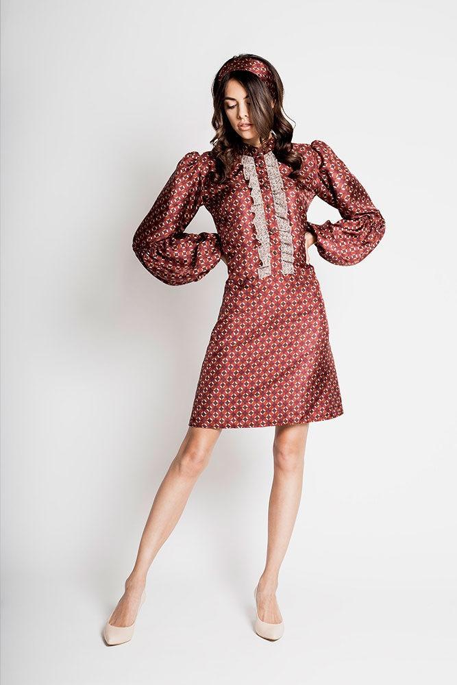 SHIGOTO - Jedwabna sukienka w stylu retro