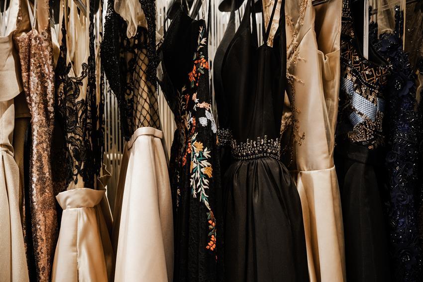 Suknie z jedwabiu naturalnego