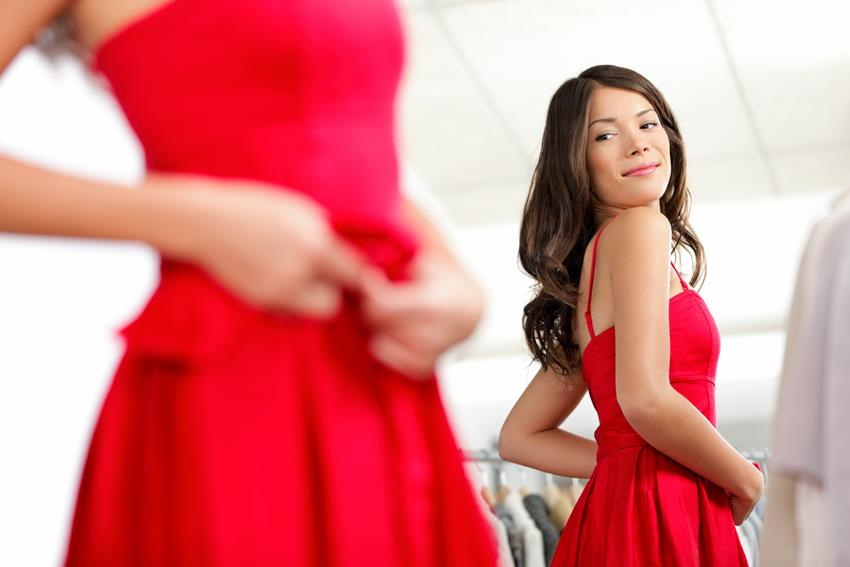 Jaką sukienkę założyć na wesele